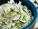 Салат з кальмарами і капустою: рецепти приготування