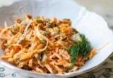 Як приготувати салат з квасолею і смаженими грибами: рецепт